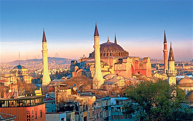 Holiday Travel Guide to Istanbul
