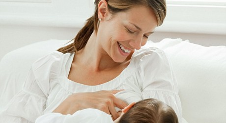 How The Signs Of Mastitis Can Be Recognized While You Are Breastfeeding