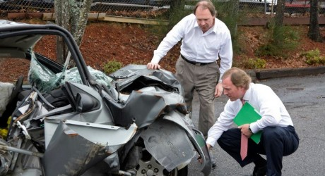 IS IT WORTH HIRING A CAR ACCIDENT LAWYER?
