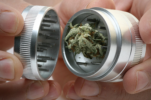 What Is and How To Use A Grinder