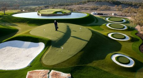 Using Artificial Grasses in Golf Courses