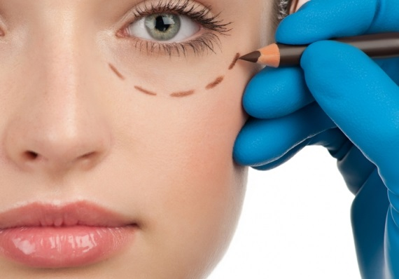 Cosmetic Surgery: The Boon In Fixing The Smile Problems